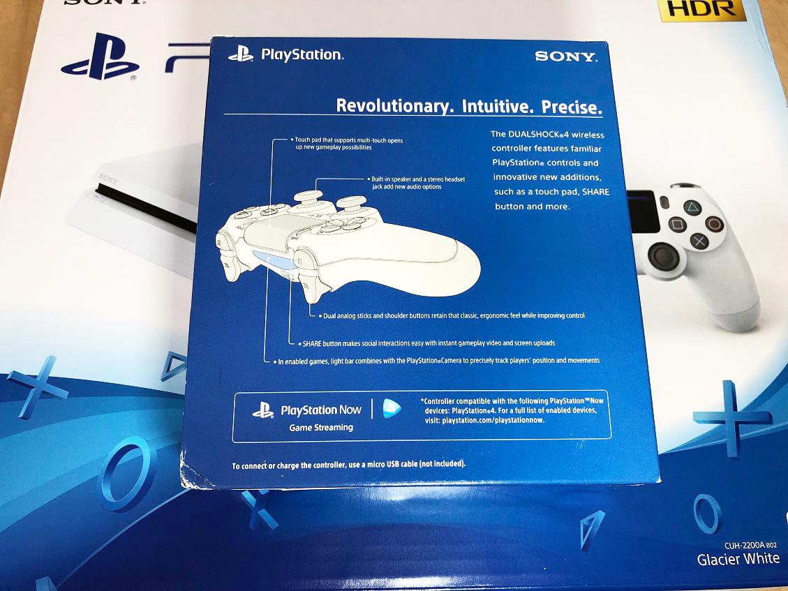 PS4本体 CUH-2200A B02 新品コントローラー付き!中古美品です。_画像5