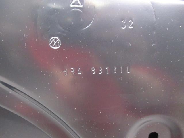 新品! ポロ/POLO 6R VW 左フロントドア 6R4 831 31L 6R4-831-055-J (95394)_画像8