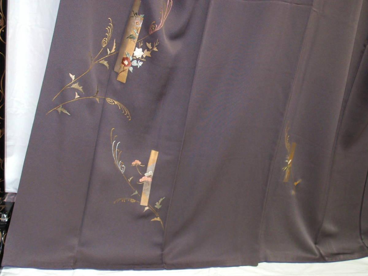 袷 美品 トープ色(灰みの焦茶)日本刺繍 竹屋町刺繍 身丈160cm裄67cm 付け下げ 花短冊 金箔 正絹 やや細身 追加画像あり_画像3