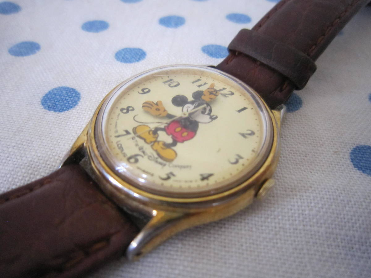 ◎*。  古いミッキーマウス 腕時計 ヴィンテージ レトロ  ディズニー ジャンク ① 。*◎_画像5