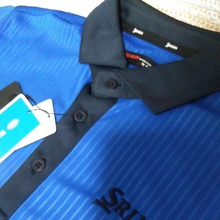 新品 定価10230 SRIXON マスターズモデル サンスクリーン 半袖 ポロシャツ M メンズ 青 日本製 UVケア 遮熱 吸汗 速乾 デサント スリクソン_画像4