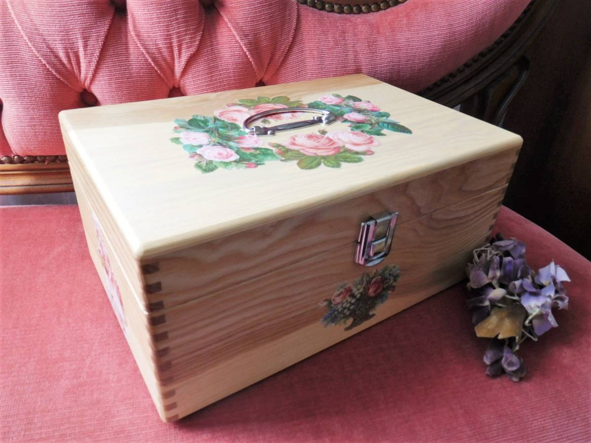 ◆アンティーク&ヴィクトリアン調 デコパージュボックス 裁縫箱 救急箱 メイクボックス 小物入れ クロモス 天使 薔薇◆_画像2