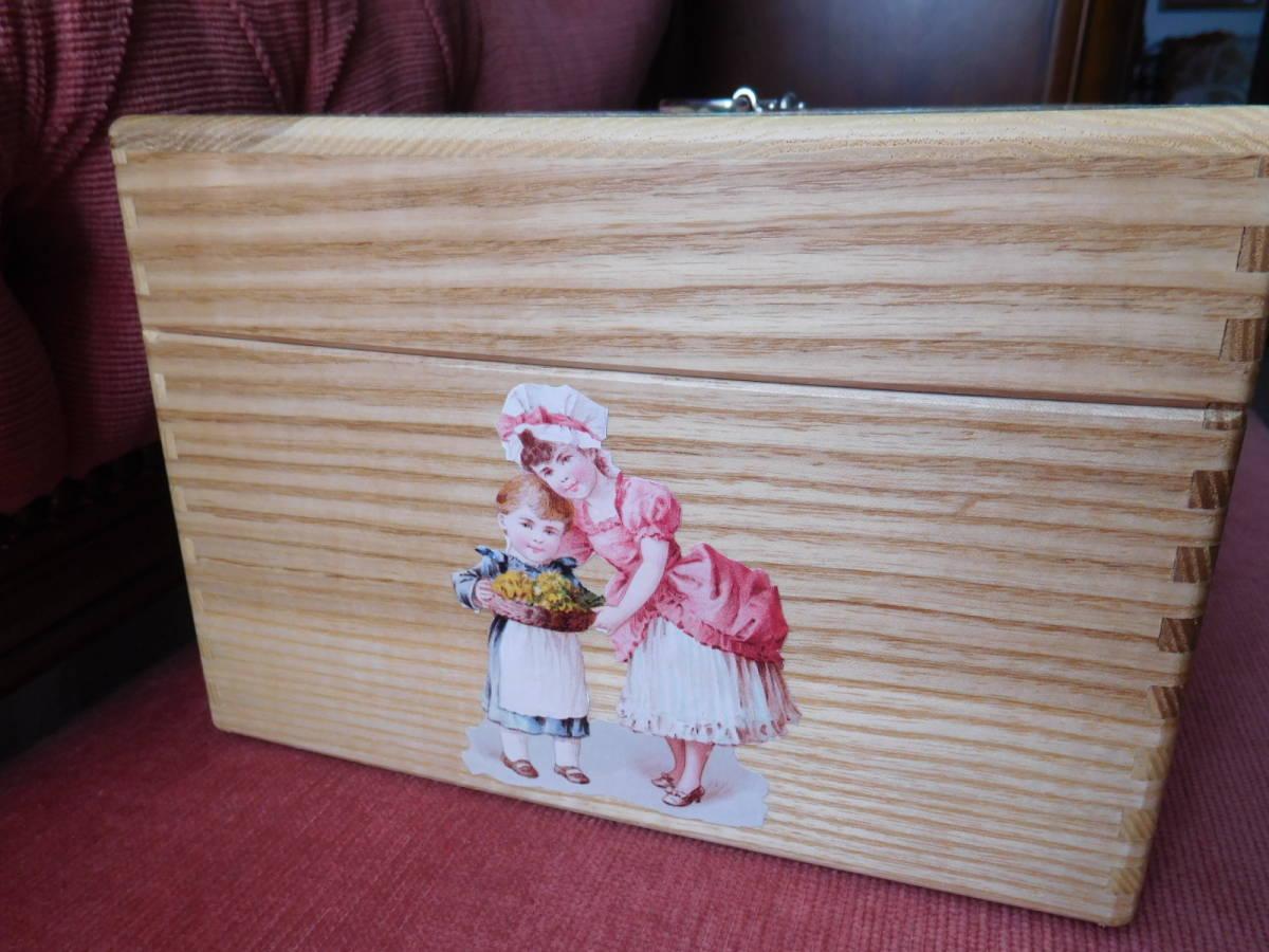 ◆アンティーク&ヴィクトリアン調 デコパージュボックス 裁縫箱 救急箱 メイクボックス 小物入れ クロモス 天使 薔薇◆_画像5