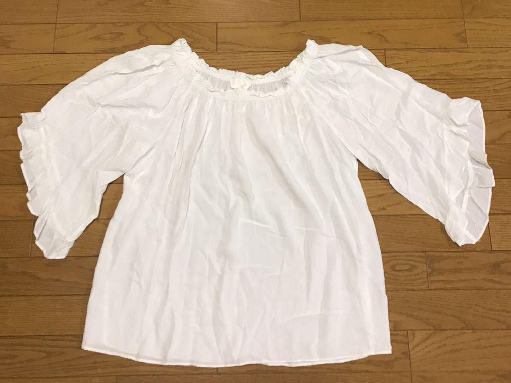 送料無料■H&M ホワイト ギャザーネック フレア ドルマン袖 カットソー サイズM ゆったりデザイン