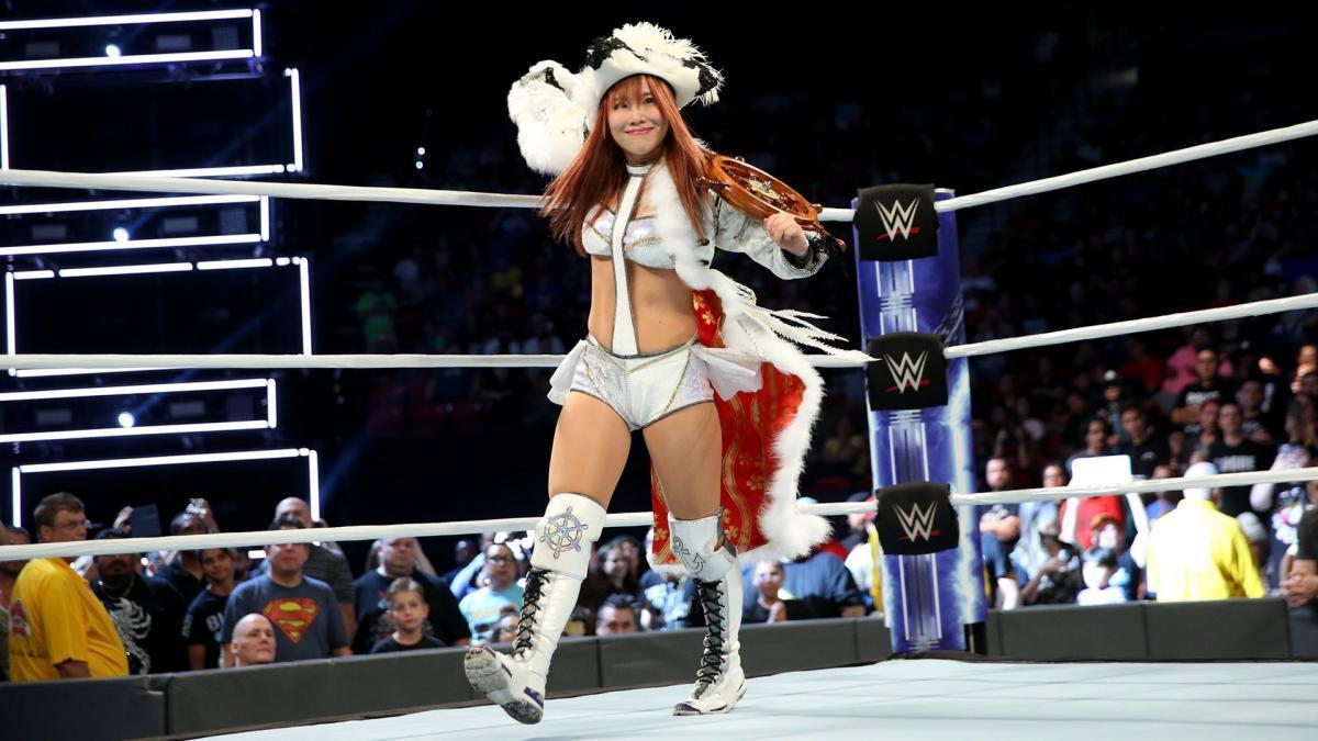 [チャリティ]WWEスーパースター カイリ・セイン サイン入り リングギア、エントランスマント、帽子の衣装一式_画像4