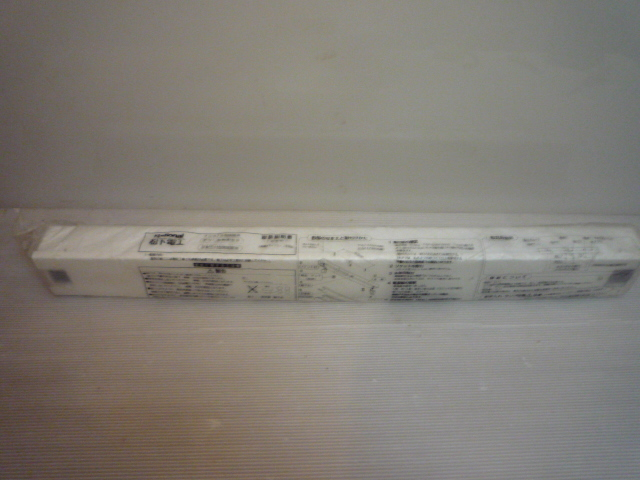 笠なし型照明器具 20W形 60Hz FA11032Z 1灯式 63㎝ 蛍光灯照明器具 ラビット式 National ナショナル Panasonic パナソニック _画像1
