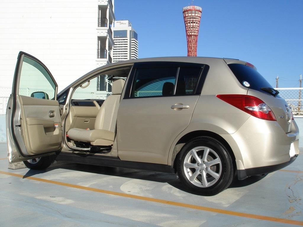「【値下交渉有り・福祉車両・車検R2.6】ティーダ 15M 助手席回転シート」の画像1