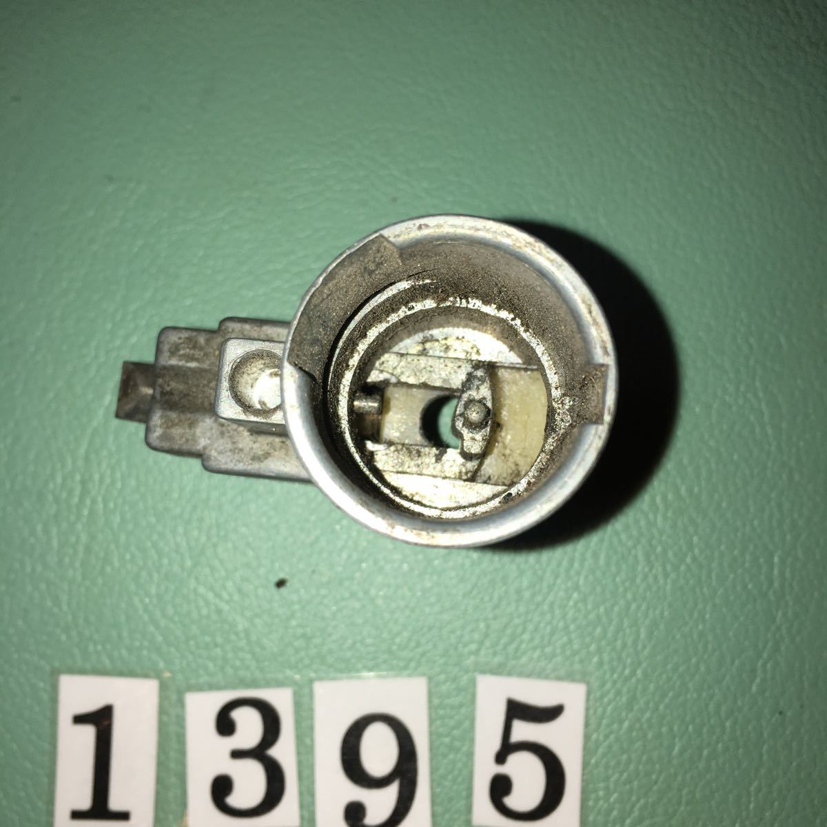 NO.1395 空冷 VW フォルクスワーゲン イグニッション ステアリング ロック 111905851N ビートル カルマンギア ポルシェ914 純正_画像6