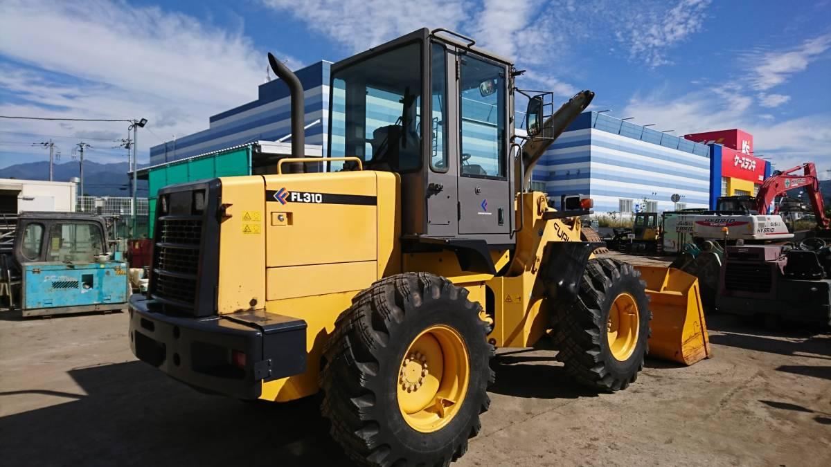 「ホイールローダ 建設機械 除雪機タイヤショベル 大型特殊車 1.3m3 堆肥建材運搬積み込み TCM L13-3」の画像3