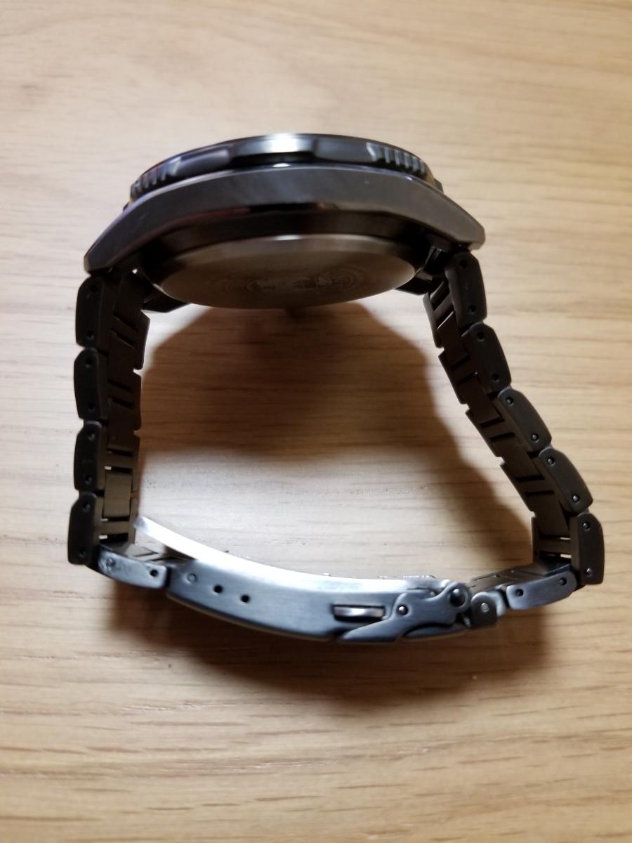 シチズン・プロマスター腕時計 CB5037-84E 新型モデルエコドライブ電波メンズDLC仕様/保証残(2020年末まで)/中古美品_画像8