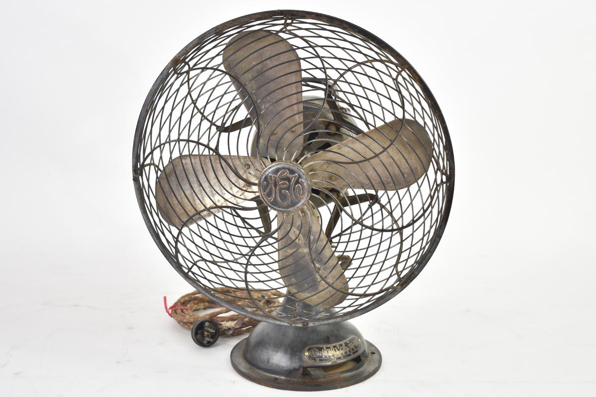 アンティーク扇風機 C-7032 4枚羽根 直径30cm 交流電気扇 芝浦製作所 [戦前][東芝][レトロ]_画像1