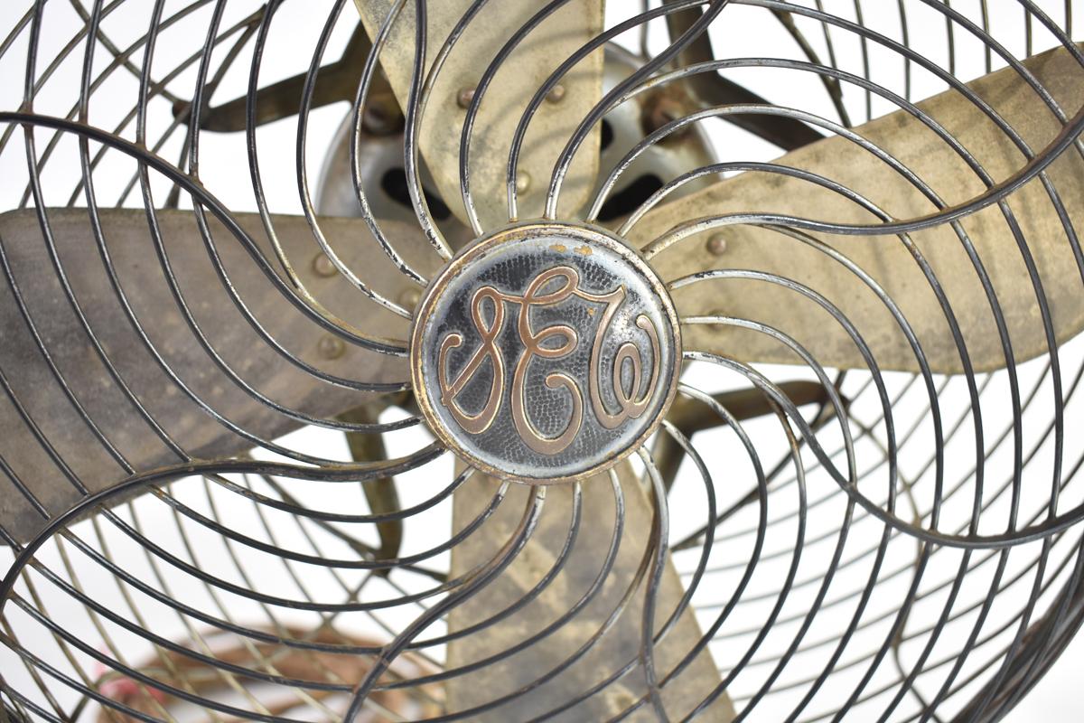 アンティーク扇風機 C-7032 4枚羽根 直径30cm 交流電気扇 芝浦製作所 [戦前][東芝][レトロ]_画像4