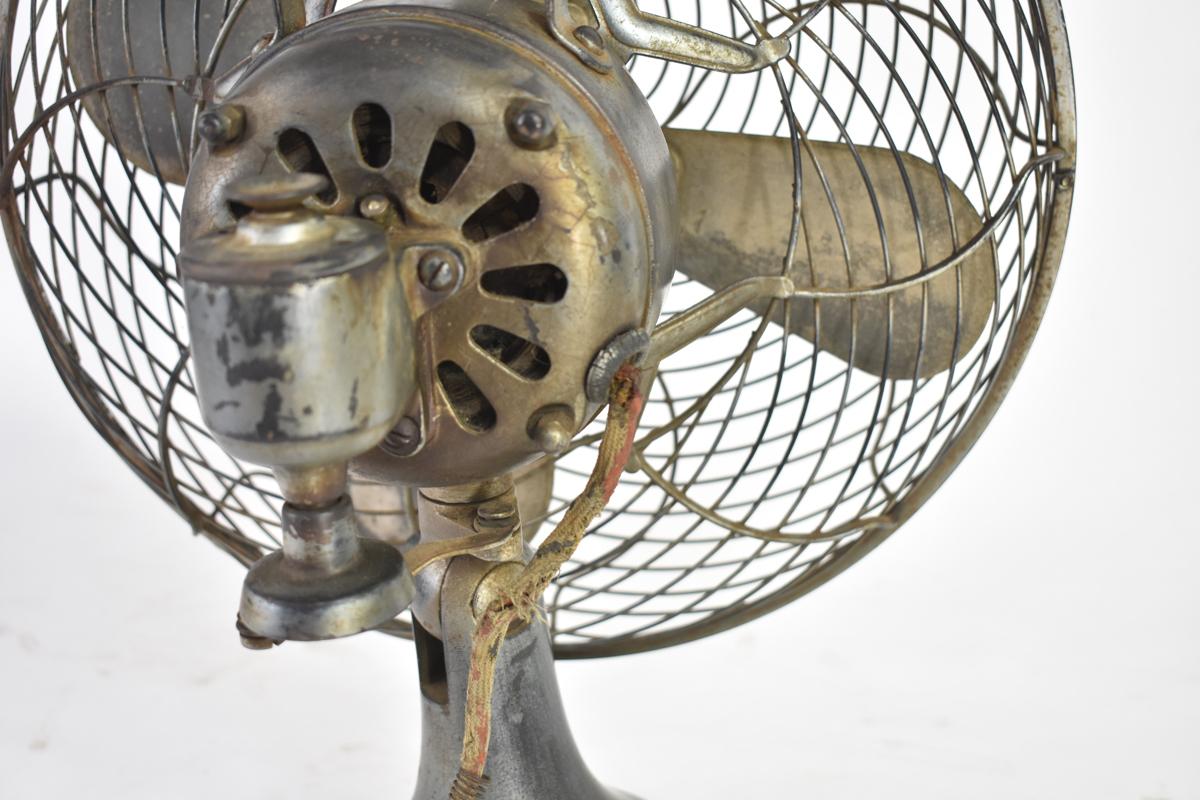 アンティーク扇風機 C-7032 4枚羽根 直径30cm 交流電気扇 芝浦製作所 [戦前][東芝][レトロ]_画像6