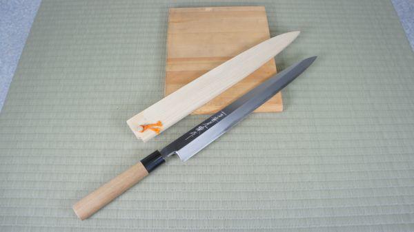 B466008R] 刺身包丁 一刀斎虎徹 白一鋼 刃長:約335mm