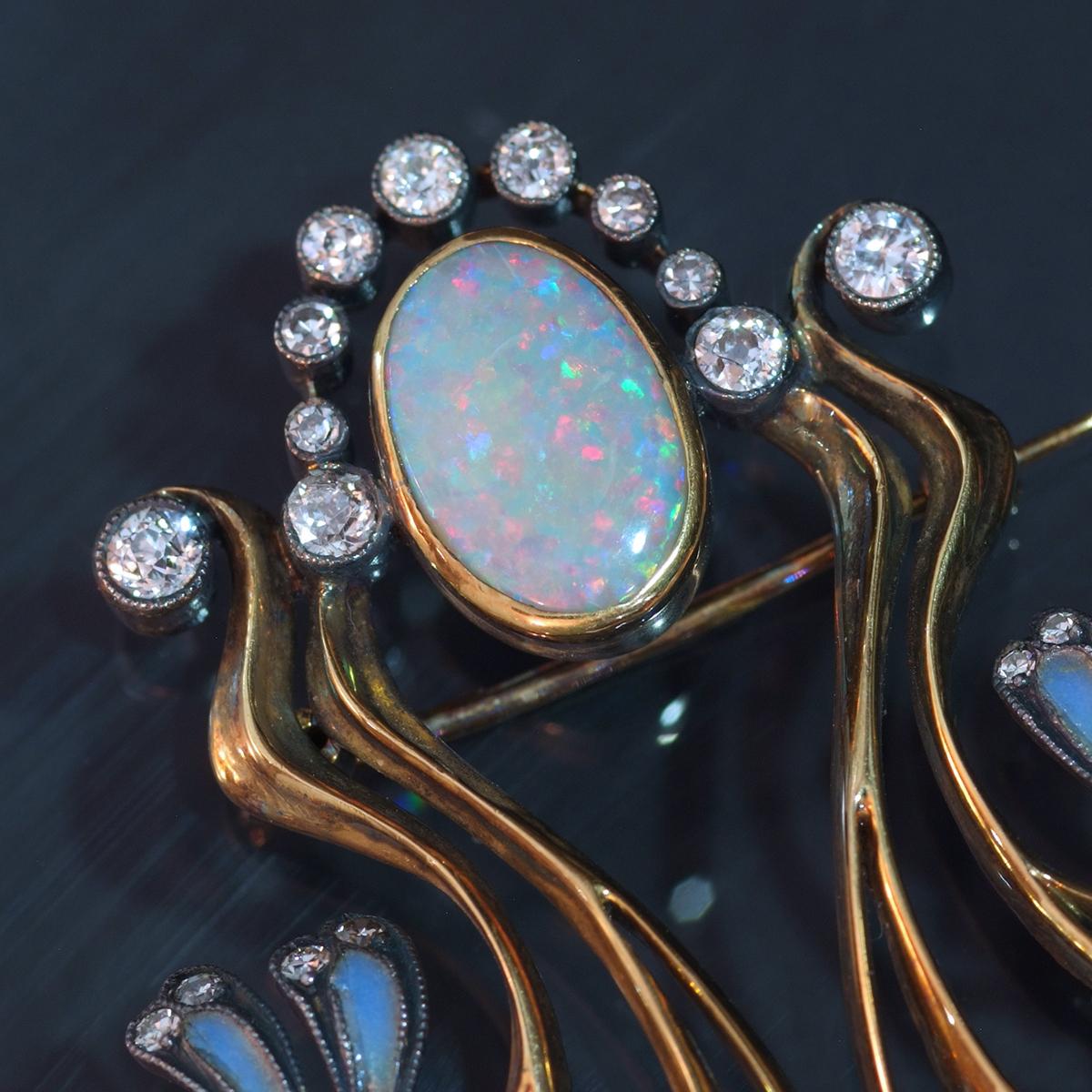 E9813【1900年頃】オパール 天然ダイヤモンド パール 最高級18金無垢アンティークセレブリティブローチ 重量15.38g 幅61.56×47.0mm_画像3