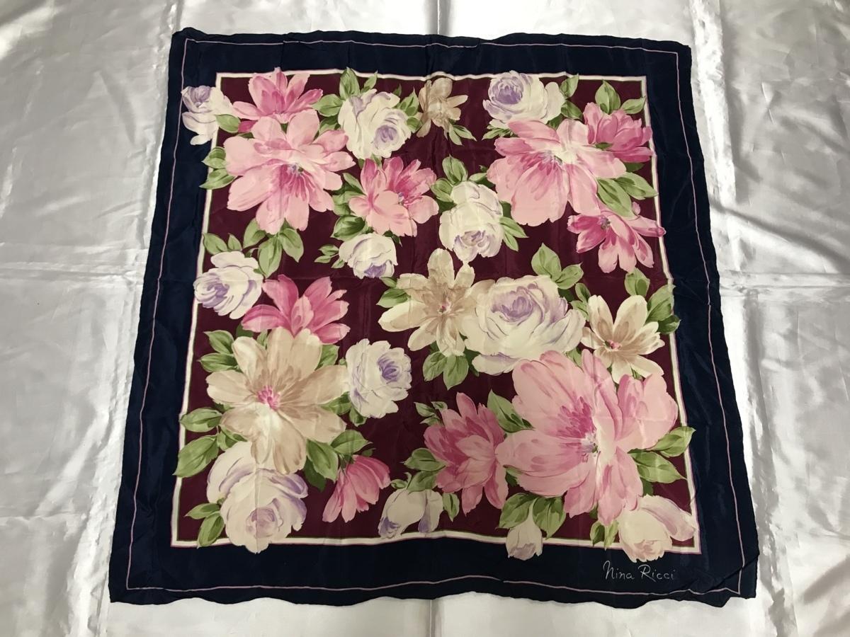 ■【YS-1】 ニナリッチ NINARICCI ■ スカーフ シルク ■ 花柄 紺色×ピンク色系 ■ 80cm×78,5cm 【東京発 手渡し可能】■B