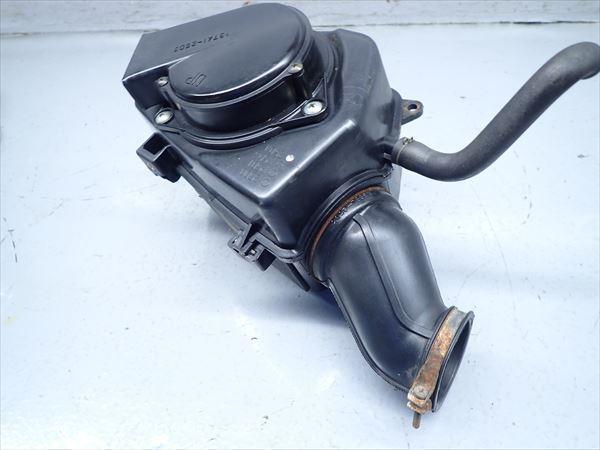 βAV04-2 スズキ グラストラッカー NJ4BA (H16年式) 純正 エアクリーナーボックス エアクリ 割れ無し!_画像4