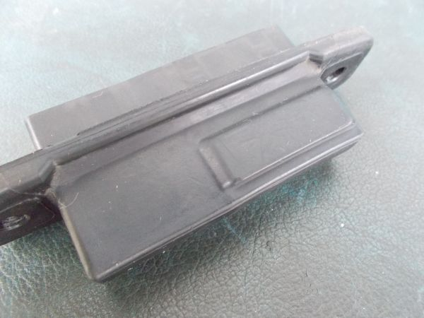 トヨタ プリウス Sツーリングセレクション G's ZVW30 - リアハッチオープンスイッチ(バックドアアウターハンドル) - 465-010-A_画像4