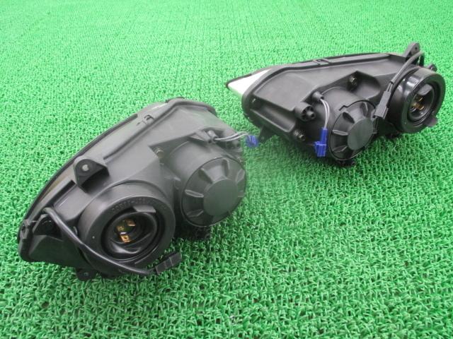 新品 ヤマハ 純正 バイク 部品 YZF-R1 ヘッドライト 純正左右 P3923 在庫有 即納 未使用品 RN13 車検 Genuine_P3923