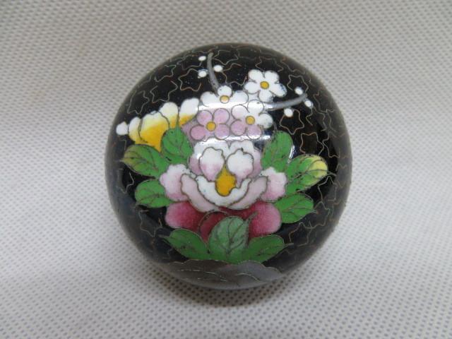 アンティーク 蓋付 陶磁器 小物入れ 花柄 容器 6cm×4cm_画像3