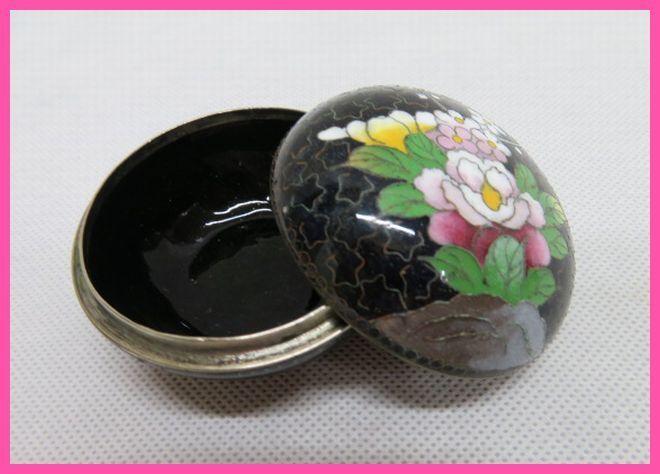 アンティーク 蓋付 陶磁器 小物入れ 花柄 容器 6cm×4cm_画像1
