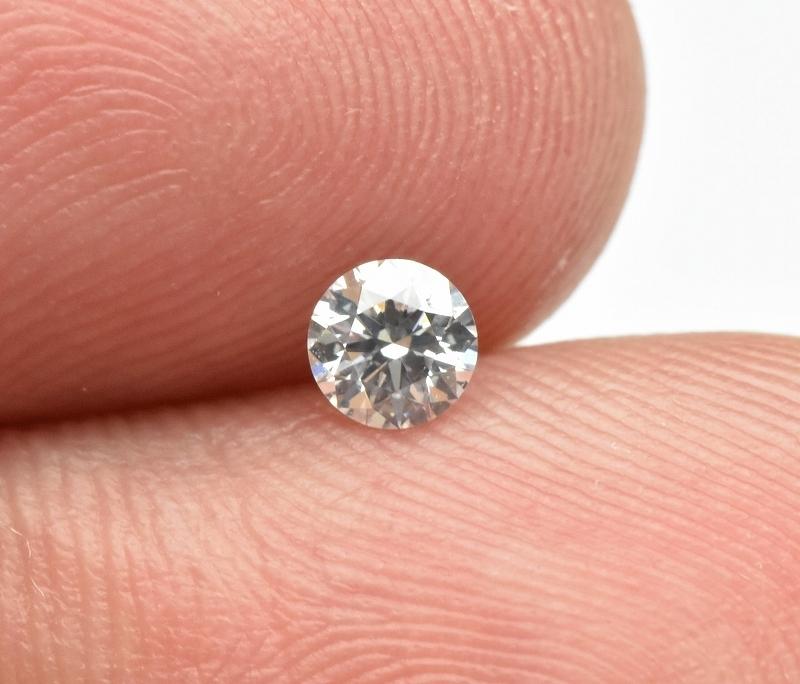 【中央宝石研究所】天然ダイヤモンド 0.213ct G SI-2 EX H&C_画像2