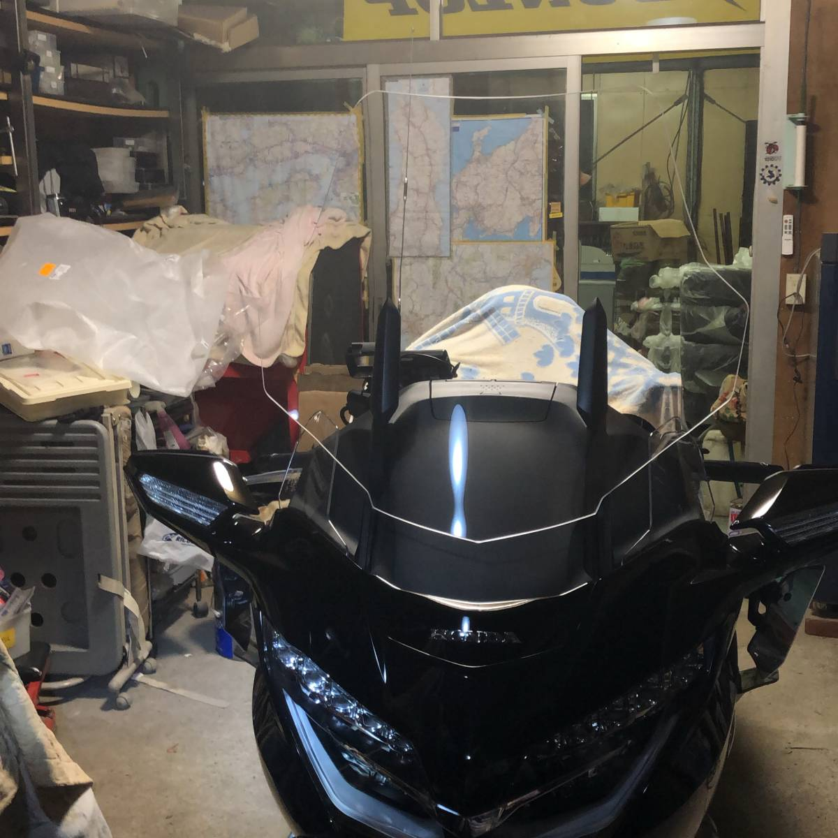 HONDA GL1800 GOLDWING ( 2018~ 2019年式 )Puig TOURING SCREEN (CLEAR) made in SPAIN  プーチ ツーリング スクリーン [クリア]中古品