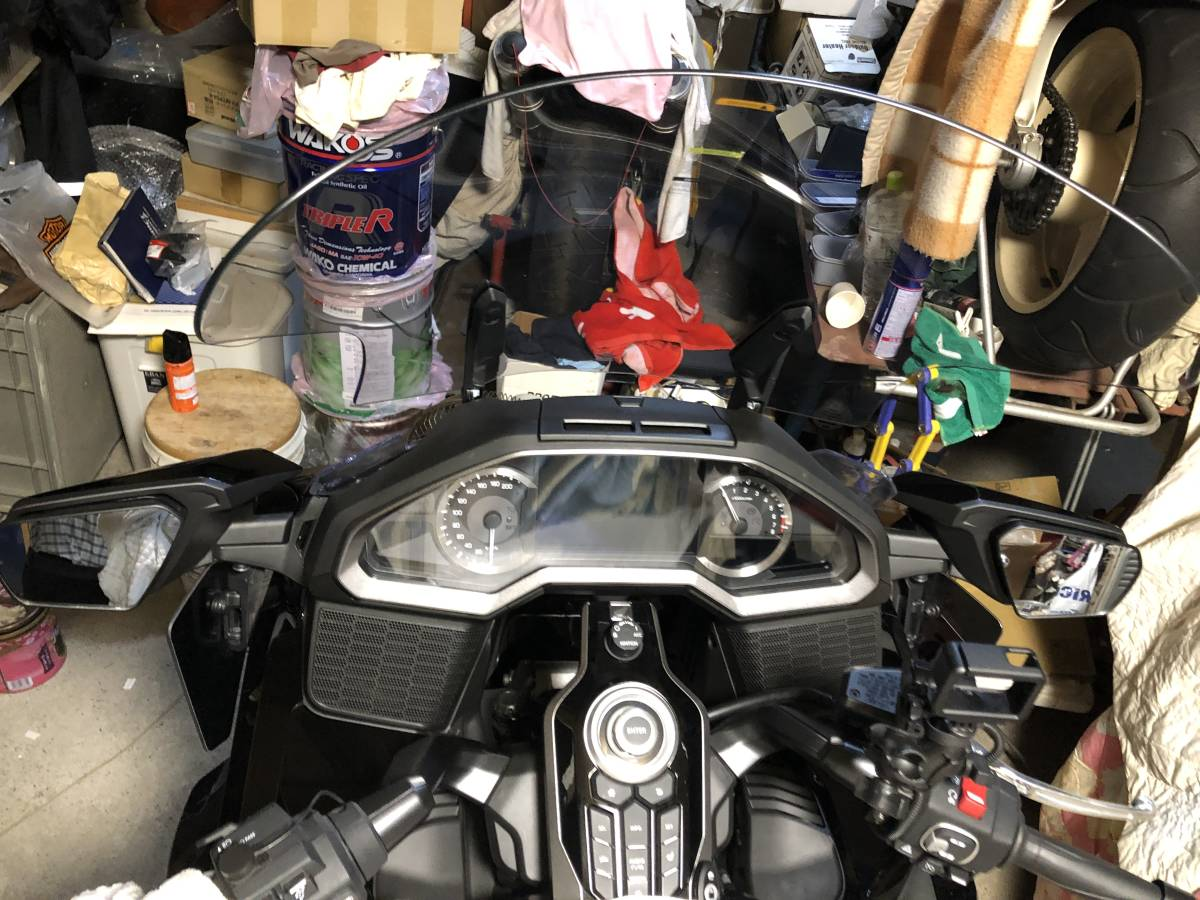 HONDA GL1800 GOLDWING ( 2018~ 2019年式 )Puig TOURING SCREEN (CLEAR) made in SPAIN  プーチ ツーリング スクリーン [クリア]中古品_画像6