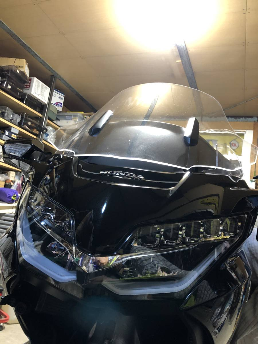 HONDA GL1800 GOLDWING ( 2018~ 2019年式 )Puig TOURING SCREEN (CLEAR) made in SPAIN  プーチ ツーリング スクリーン [クリア]中古品_画像5