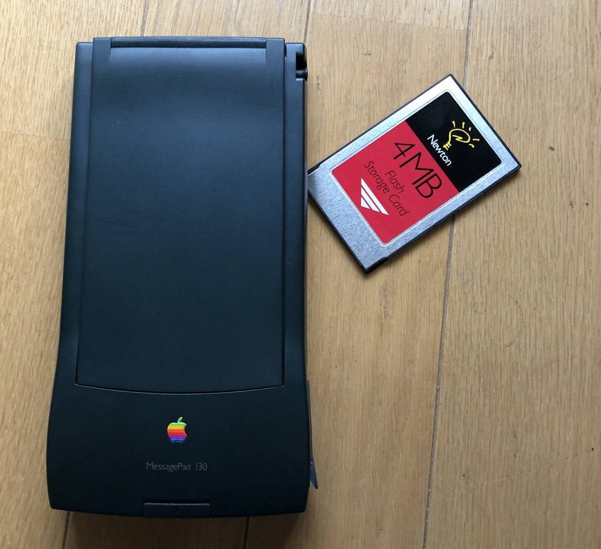 Apple Newton MessagePad 130 ACアダブタ 動作品 4MBメモリーカード付き_画像9