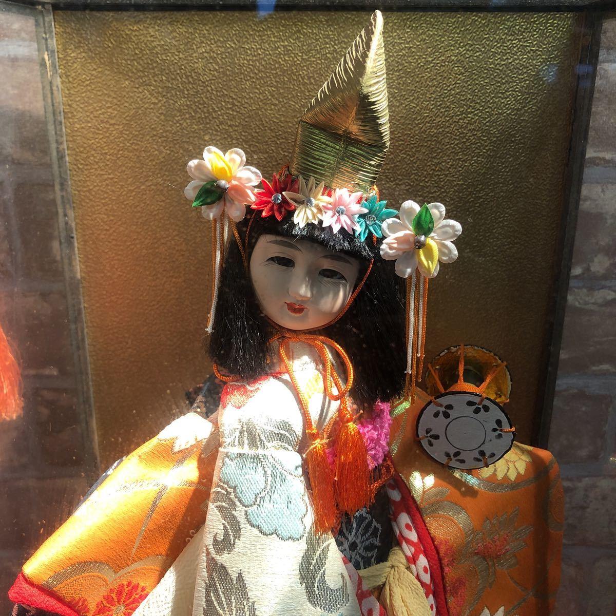 3283 浅妻 古い レトロ 日本人形 ガラスケースつき 昭和レトロ アンティーク 幅29cm高さ43cm奥行き24cm_画像2