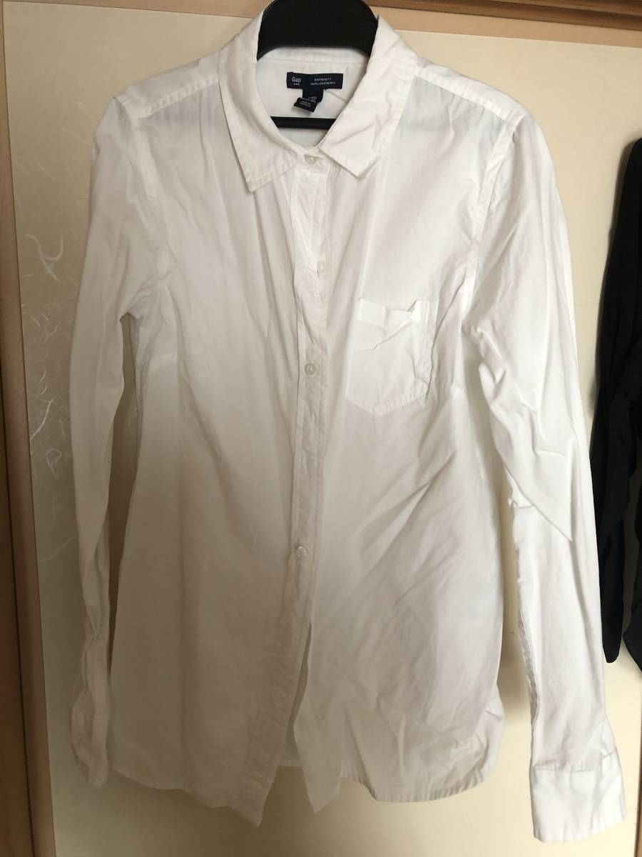GAP オフホワイトのシャツ_画像1