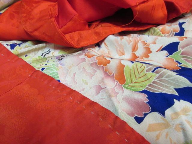 577 アンティーク 時代物 正絹 紅絹 着物 古布 リメイク 縮緬素材_画像6