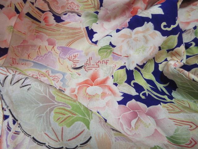 577 アンティーク 時代物 正絹 紅絹 着物 古布 リメイク 縮緬素材_画像5