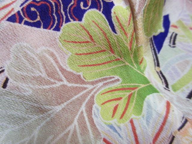 577 アンティーク 時代物 正絹 紅絹 着物 古布 リメイク 縮緬素材_画像3