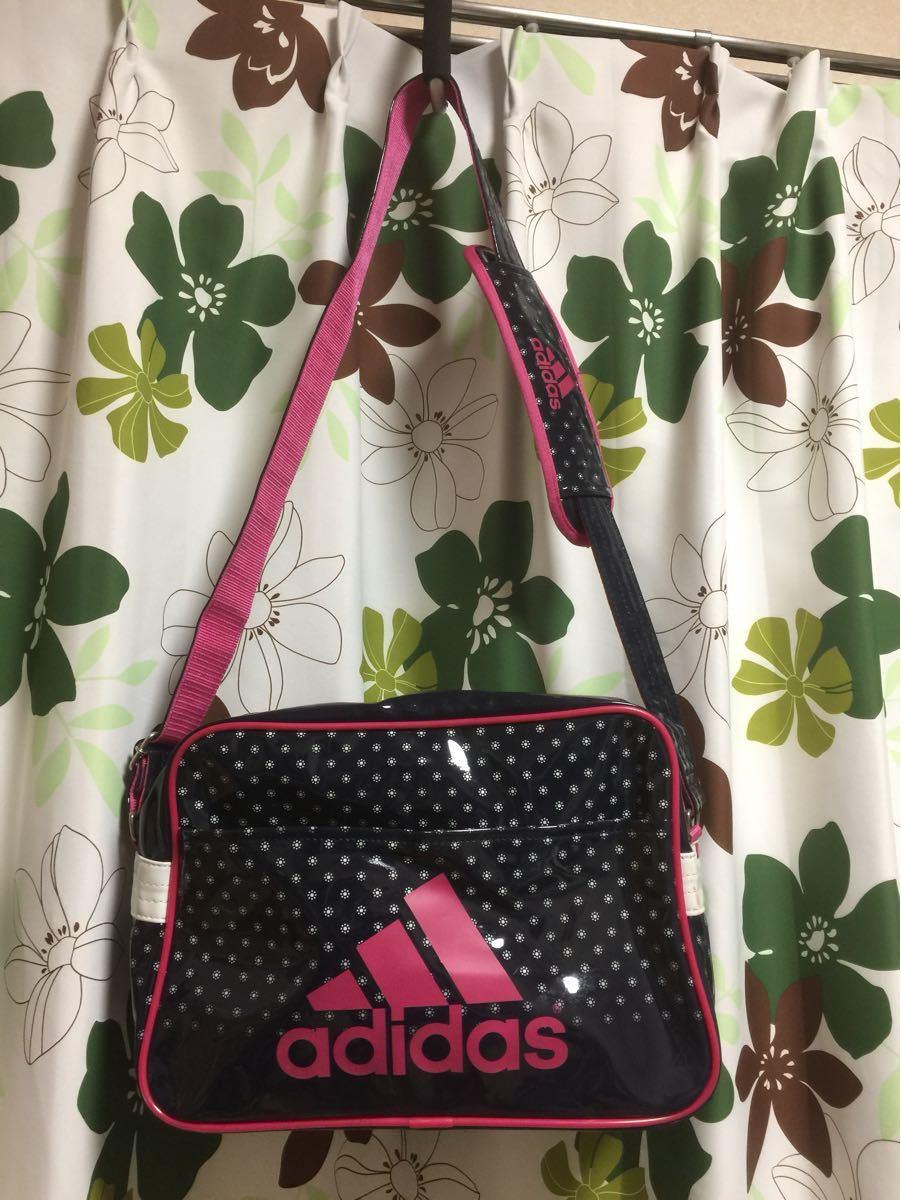 ピンク adidas エナメルバック