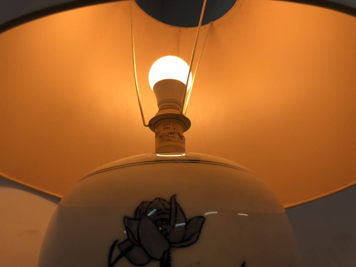 ★【中古】大阪引取歓迎 照明 陶器 フロアスタンド アンティーク 昭和レトロ インテリア ランプ 卓上スタンド 【YTJD146】_画像4