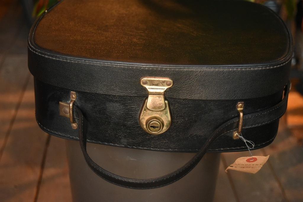 2268 ヴィンテージ トランクケース 革鞄 英国製 アンティーク ビンテージ  フランス イギリス レトロ 旅行 トラベルケース_画像2