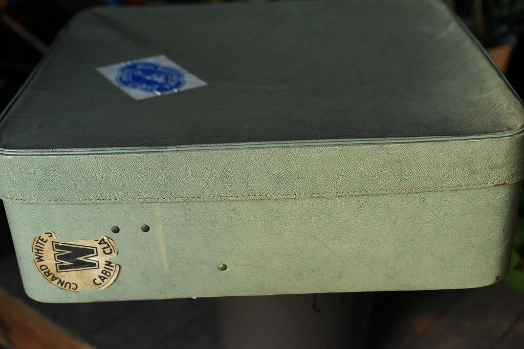 984 ヴィンテージ トランクケース 革鞄 英国製 アンティーク ビンテージ  フランス イギリス レトロ 旅行 トラベルケース_画像3
