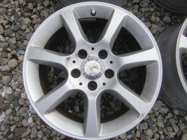 ベンツ Cクラス (W203) 純正 16インチ 4本セット 中古になります。 冬タイヤ用にいかがですか~~ スタットレス タイヤ RONAL_画像5