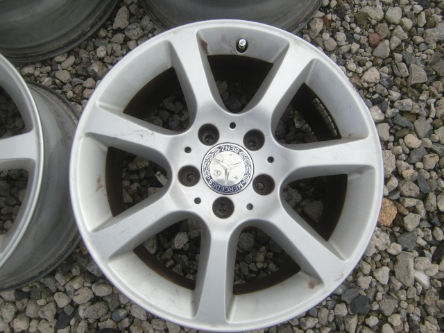 ベンツ Cクラス (W203) 純正 16インチ 4本セット 中古になります。 冬タイヤ用にいかがですか~~ スタットレス タイヤ RONAL_画像6