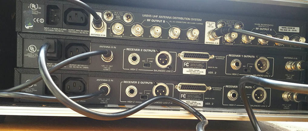SHURE A帯ワイヤレスマイク  U4D-ABJ A/B帯受信機1台 U1-A24トランスミッター セット 中古品 _画像6