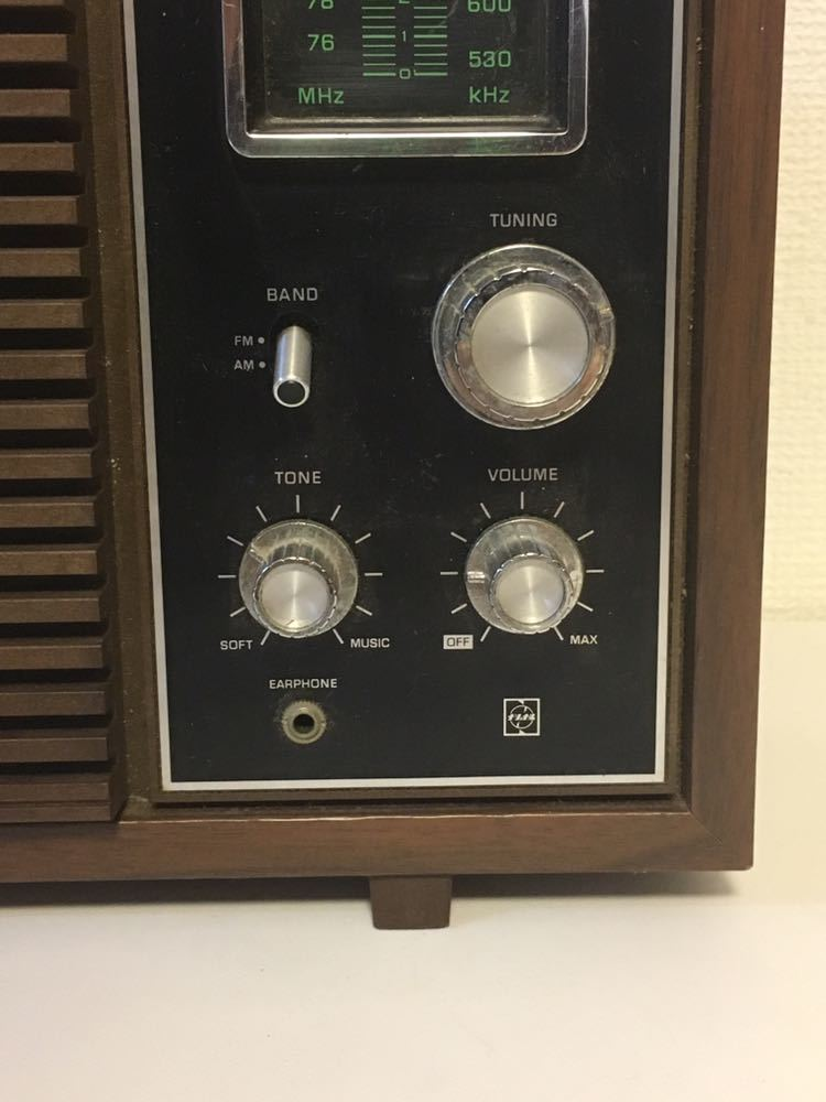 9Jさ09 トランジスタラジオ ナショナル RE-780 木調デザイン 古いラジオ 昔のラジオ National FM AM 昭和レトロ アンティークラジオ_画像2