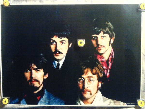 Big3【超大型ポスター/630x875㎜/送料無料】ビートルズ-Beatles/当時は販売用のポスター_画像1