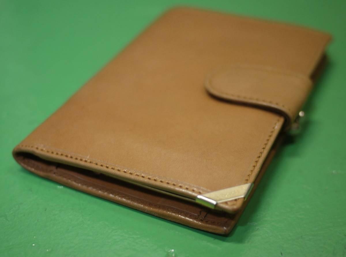 イタリア製 イサンティ i Santi 二つ折り財布 がま口 収納多数_画像2