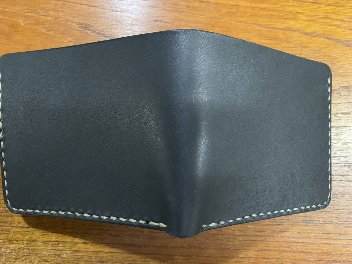 ハンドメイド ヌメ革 二つ折り財布 手縫い_画像9