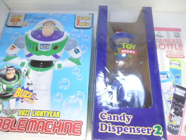 トイ・ストーリー バズ・ライトイヤー フィギュア/ステンレスボトル・candy Dispenser 3点 未使用品 セット_画像1
