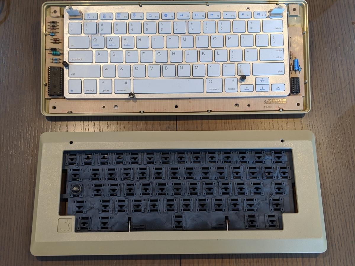 Apple Macintosh 128K ショートキーボード 超レア品 Bluetooth_画像5