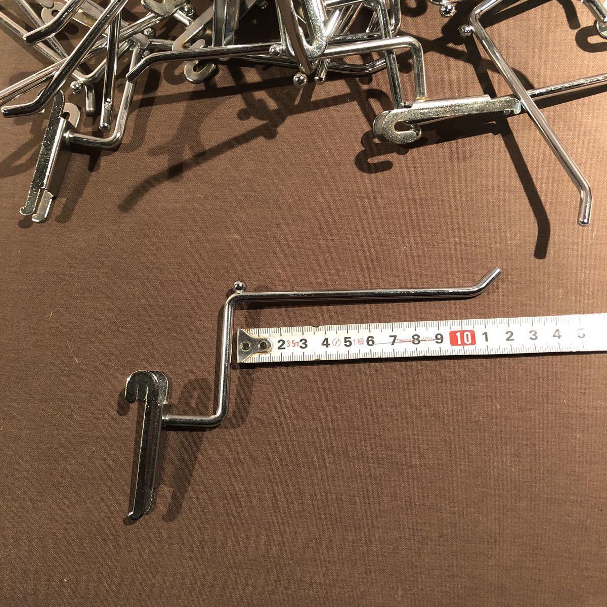 3582  変形 便利! 店舗で使用 ネット什器用フック 50個 ディスプレイ 陳列 展示 アパレル 長さ12cm 追加可能!_画像3