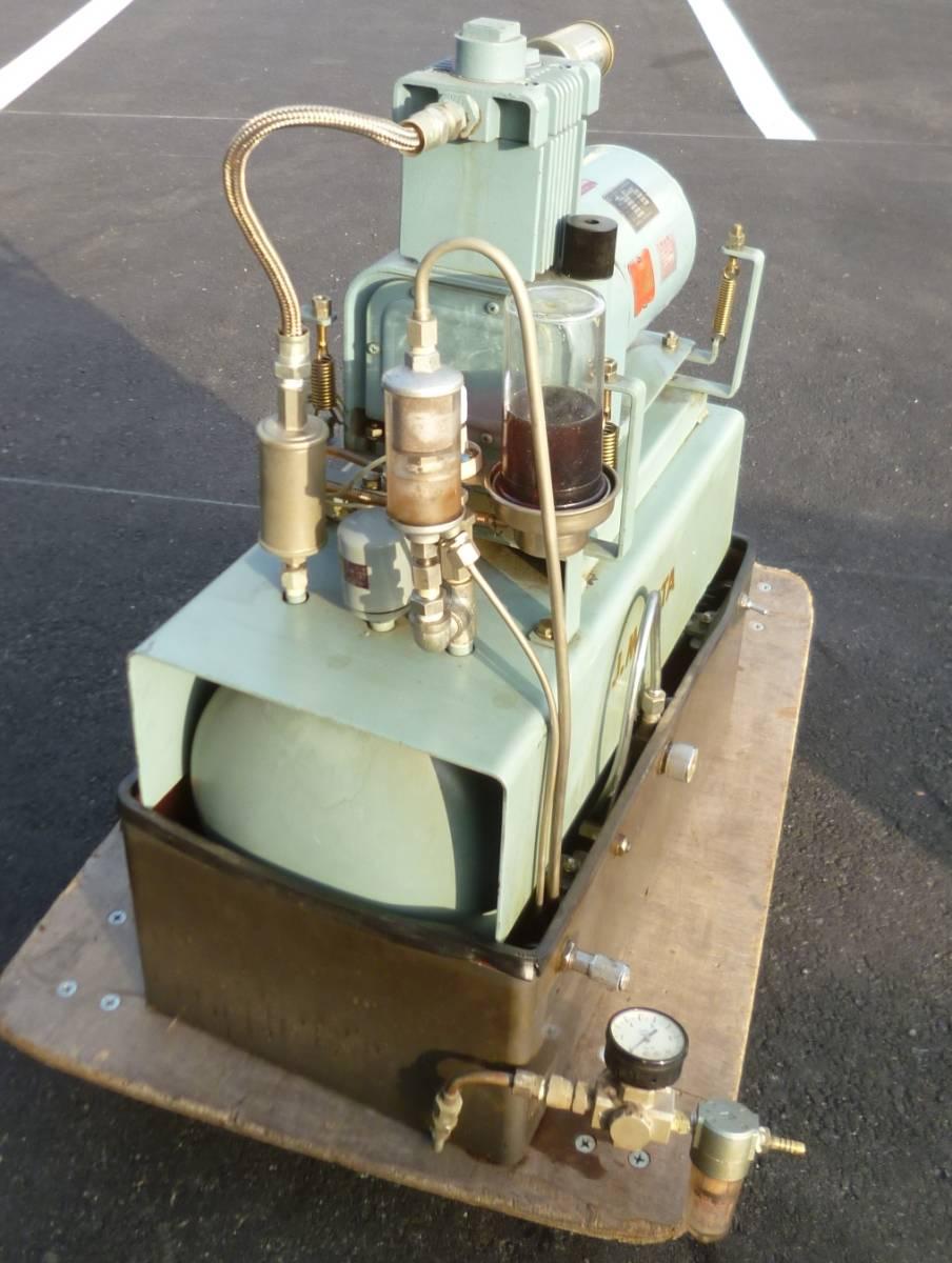 K7096c モリタ 日立 歯科用コンプレッサー A-9 ハイブロウ 100V 60Hz 4.8kg/cm^2_画像4